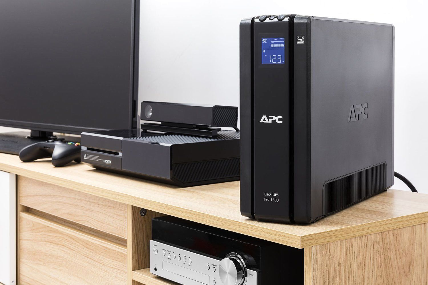 APC by Schneider Electric Back-UPS Pro BR1500GI-RS Home